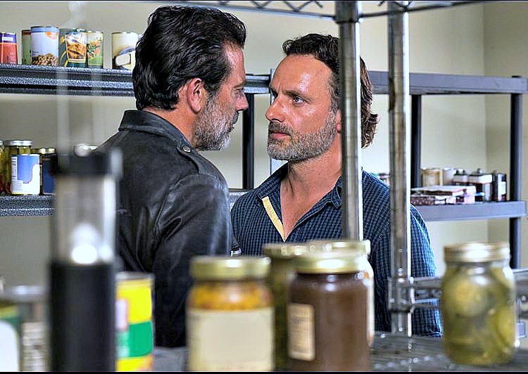 the-walking-dead-negan-e-rick-em-alexandria